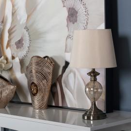 Lámpara de sobremesa, metal y crista, beige